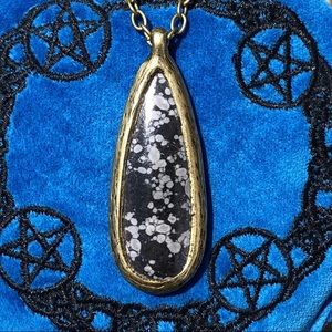 Jewelry - Large Gold Snowflake Obsidian Necklace